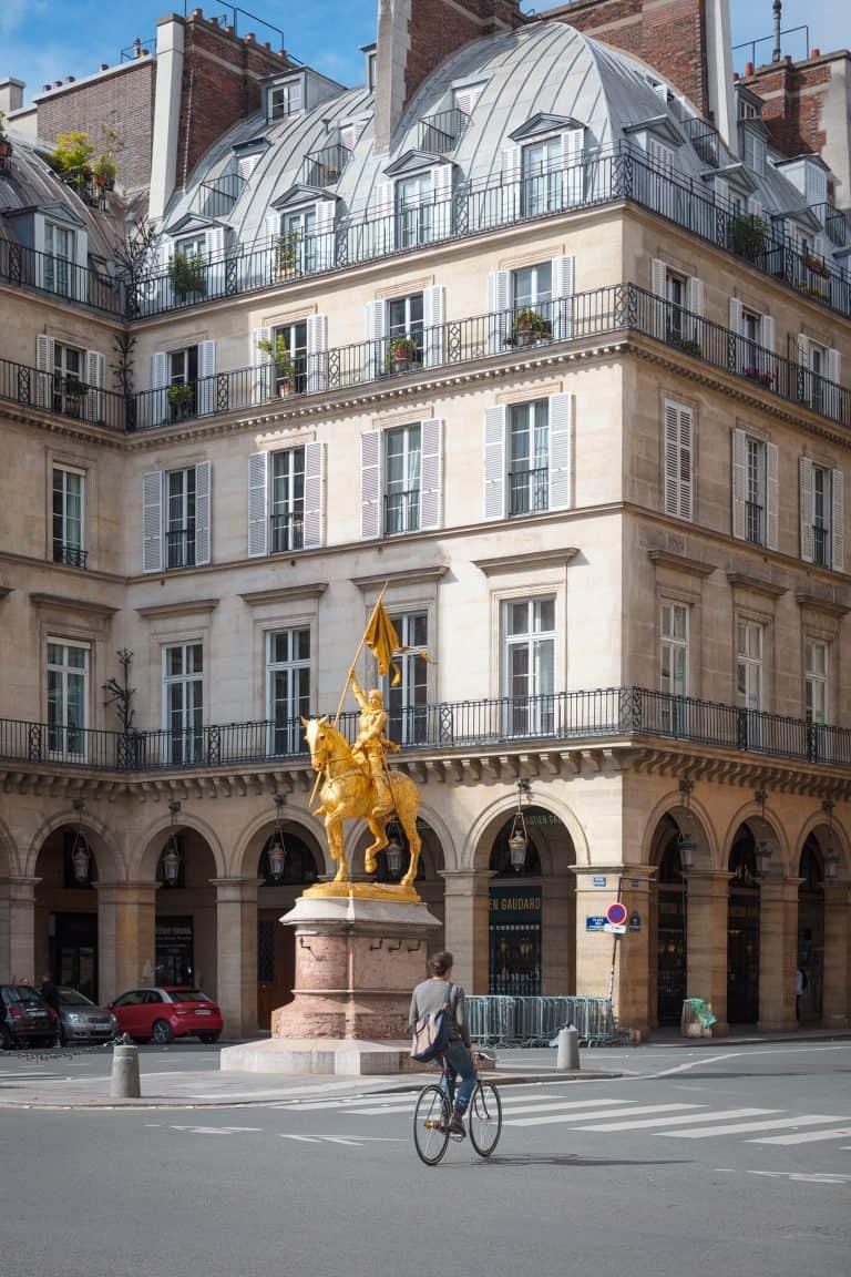 Immeuble_haussmanien_Paris_rénovation